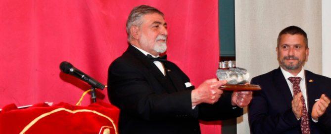 Miguel Bastida Hurtado, recibe la máxima distinción del Senado Romano