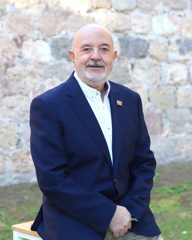 Lazaro García - Secretario General